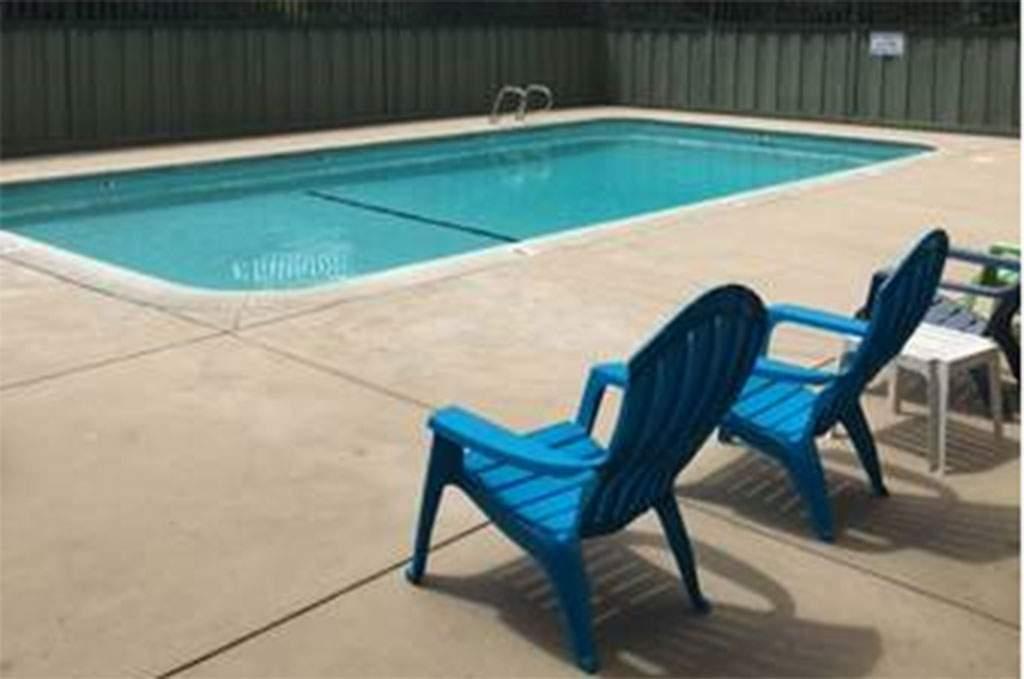 Rosedale-Pool